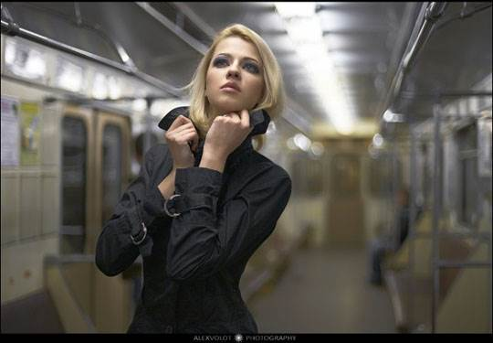 【外人】モスクワの地下鉄で無許可のヌード撮影したロシア人の超絶美少女ポルノ画像 345