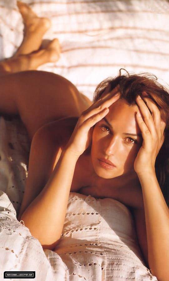 【外人】イタリア人女優モニカ・ベルッチ(Monica Bellucci)の大胆おっぱい露出ポルノ画像 3516