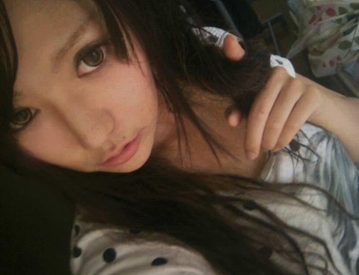 【外人】セルフヌードを撮影してネットに公開してる中国人写真家の自画撮りポルノ画像 3638