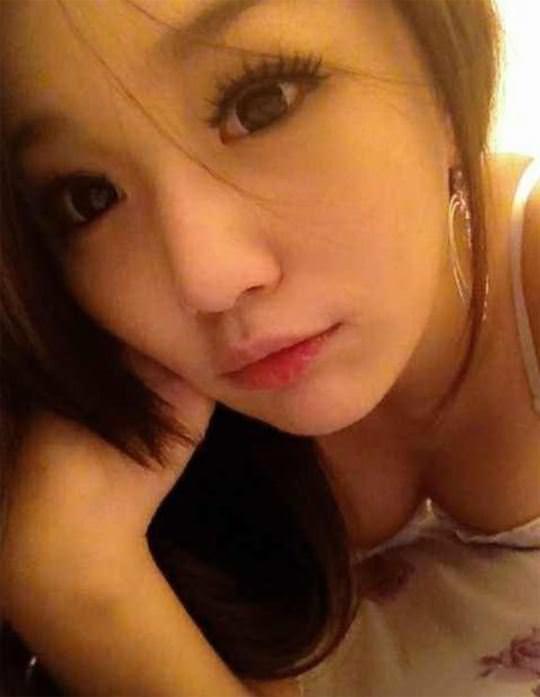 【外人】台湾美少女がカーセックスのハメ撮りネット公開してるポルノ画像 3653