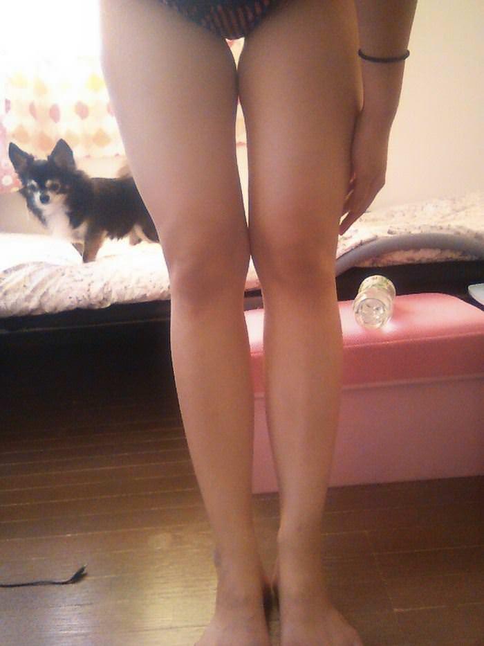 【外人】セルフヌードを撮影してネットに公開してる中国人写真家の自画撮りポルノ画像 3833