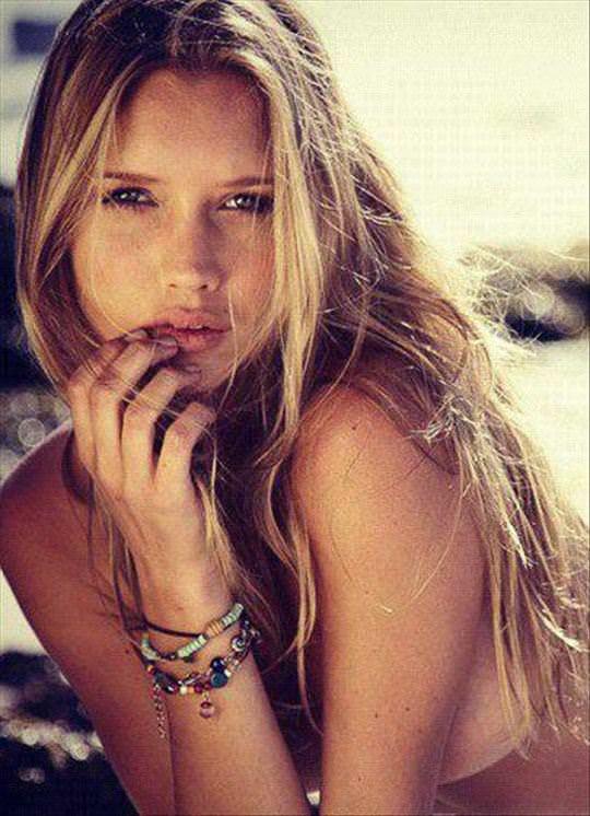 【外人】南アフリカ出身モデルのシェーン·ファン·デル· ヴェストハイゼン(Shane van der Westhuizen)が時折見せるロリっぽさがエロいポルノ画像 394