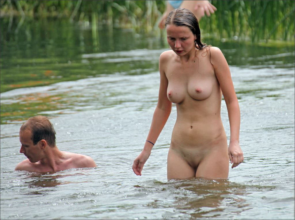 nudity-on-the-white-river