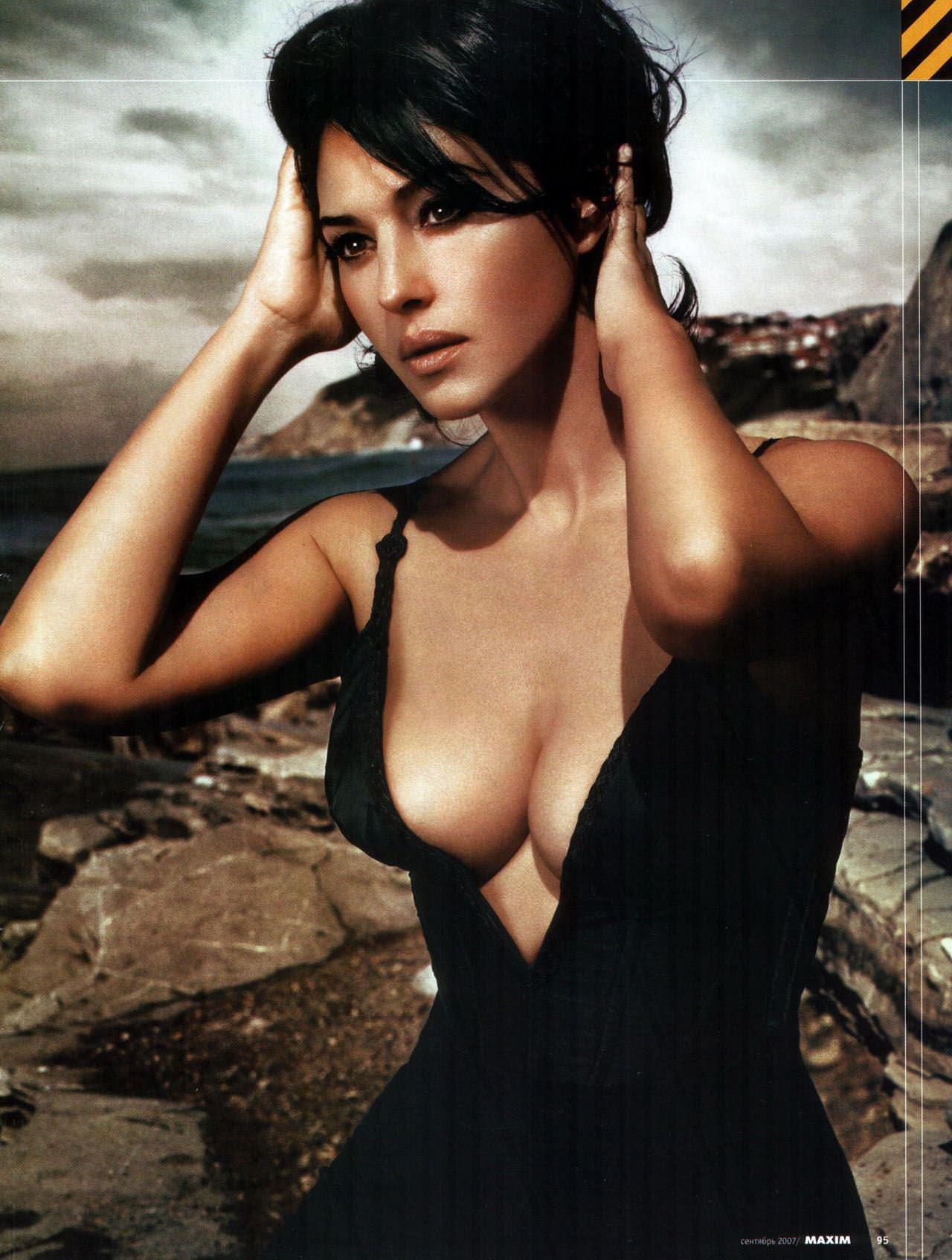 【外人】イタリア人女優モニカ・ベルッチ(Monica Bellucci)の大胆おっぱい露出ポルノ画像 4116