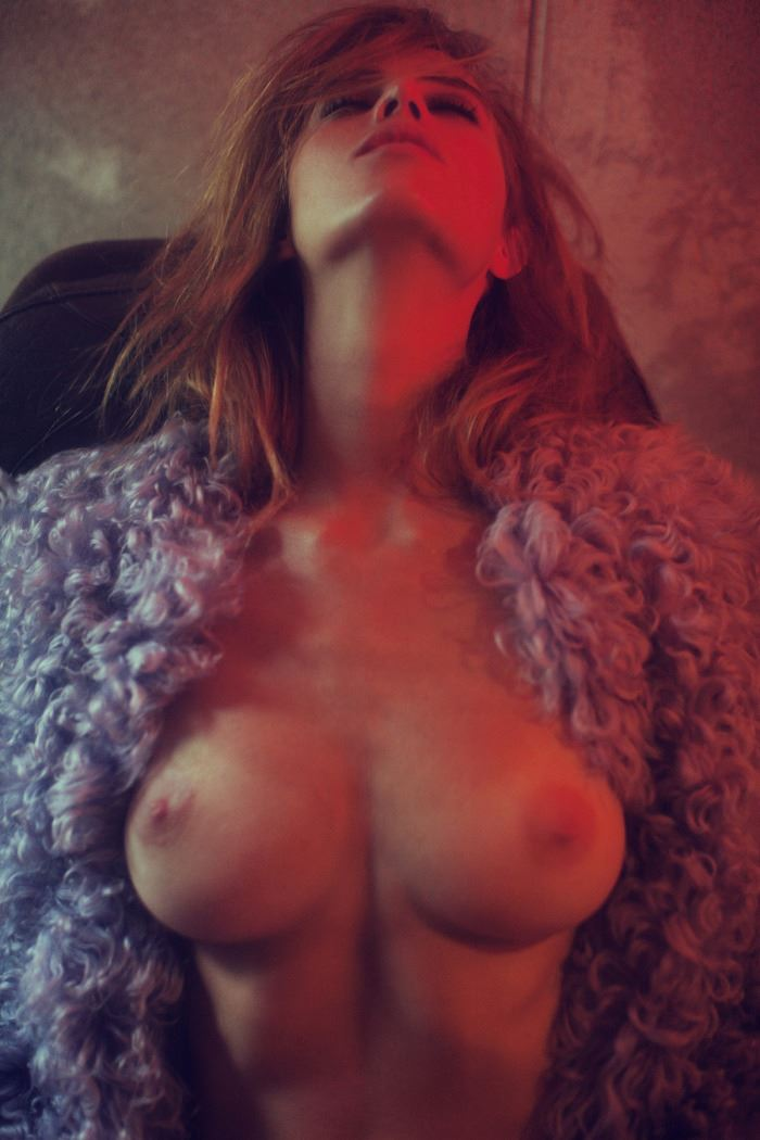 【外人】ベルギーの超人気モデルEliza Sysがセクシーなヌードを披露するポルノ画像 412