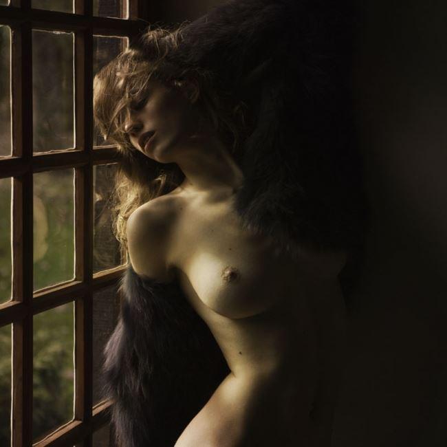 【外人】ベルギー人モデルEliza Sysが魅惑的な芸術的ヌードを披露するポルノ画像 413