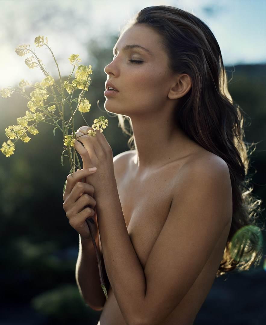【外人】ドイツ出身モデルのカローラ・レーマー(Carola Remer)が魅惑のボディーを見せつけるセミヌードポルノ画像 4150