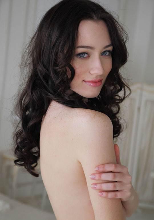 【外人】ハンガリー出身の美人ヌードモデルのザネット・トメイ(Zsanett Tormay)の貧乳おっぱいがエロ過ぎるポルノ画像 4154