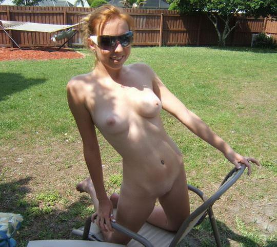【外人】趣味が講じてセルフヌード写真を撮るロシア人美少女のポルノ画像 4170