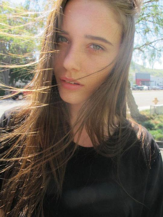 【外人】スレンダーな美女のMaja Simonsenがロンドンで撮影したヌードポルノ画像 42
