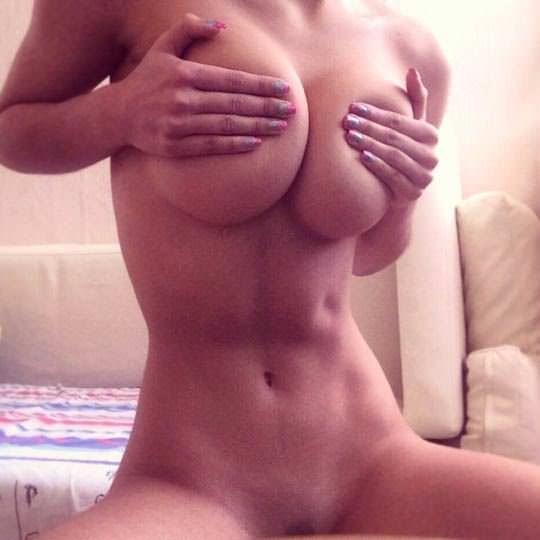 【外人】ロシア人ヌードモデルのヘルガ・ラビカティー(Helga Lovekaty)の美しすぎる巨乳おっぱいポルノ画像 4242