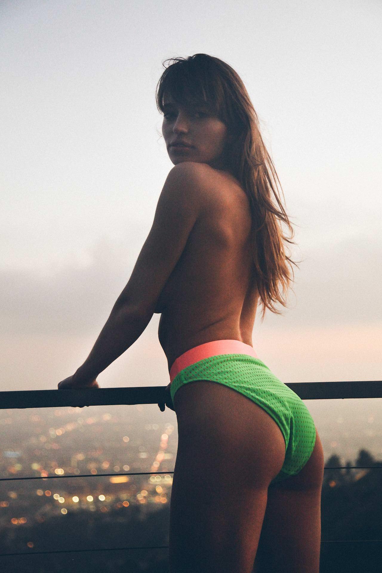 【外人】一生セックス出来ないであろう海外のとんでも美女たちのセクシーポルノ画像 4286