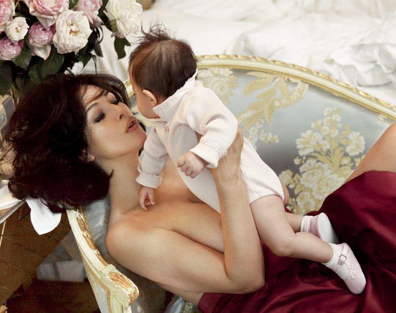 【外人】イタリア人女優モニカ・ベルッチ(Monica Bellucci)の大胆おっぱい露出ポルノ画像 4316