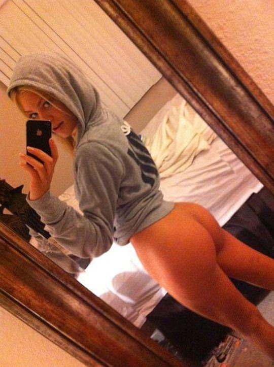 【外人】急に大人の体つきになった美少女たちの自画撮りポルノ画像 4326