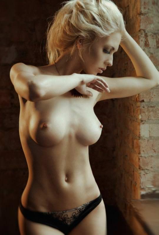 【外人】ありえない程美人な顔立ちの海外美女のセクシーポルノ画像 4355