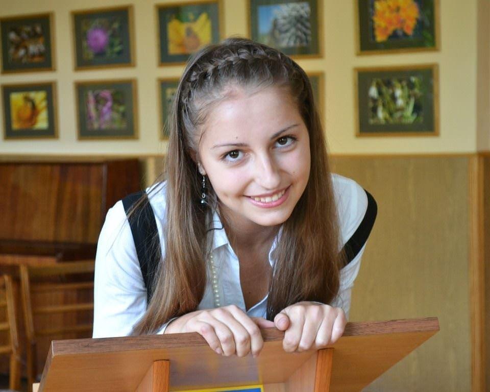 【外人】ロシア人の学生たちがめっちゃ可愛くて大人っぽい制服ポルノ画像 4419