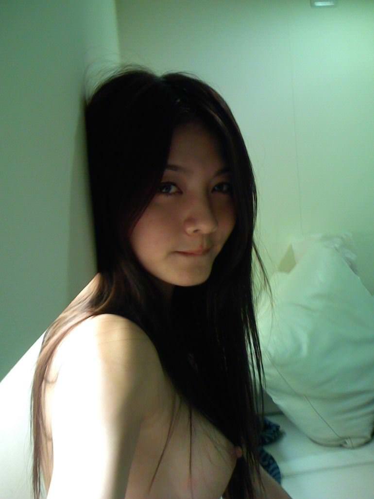 【外人】台湾美女マギー・ウー(吳亞馨)が彼氏とのハメ撮りが流出したポルノ画像 4433