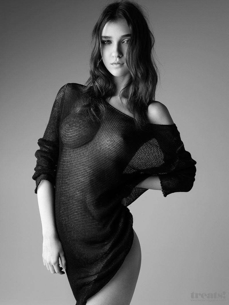 【外人】男前なポーランドの美人モデルPaula Bulczynskaの巨乳おっぱいポルノ画像 514