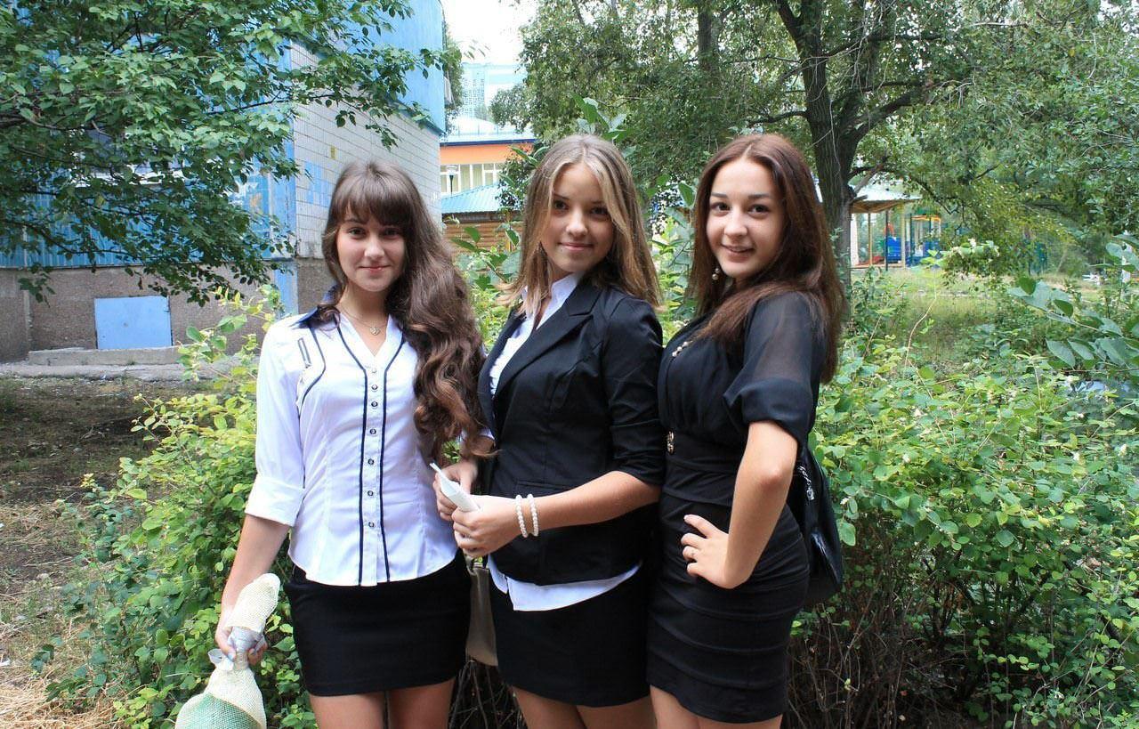 【外人】ロシア人の学生たちがめっちゃ可愛くて大人っぽい制服ポルノ画像 5201