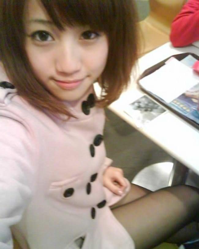 【外人】中国人の激カワ女子大生がおまんこ接写で自画撮りしてるポルノ画像 5217