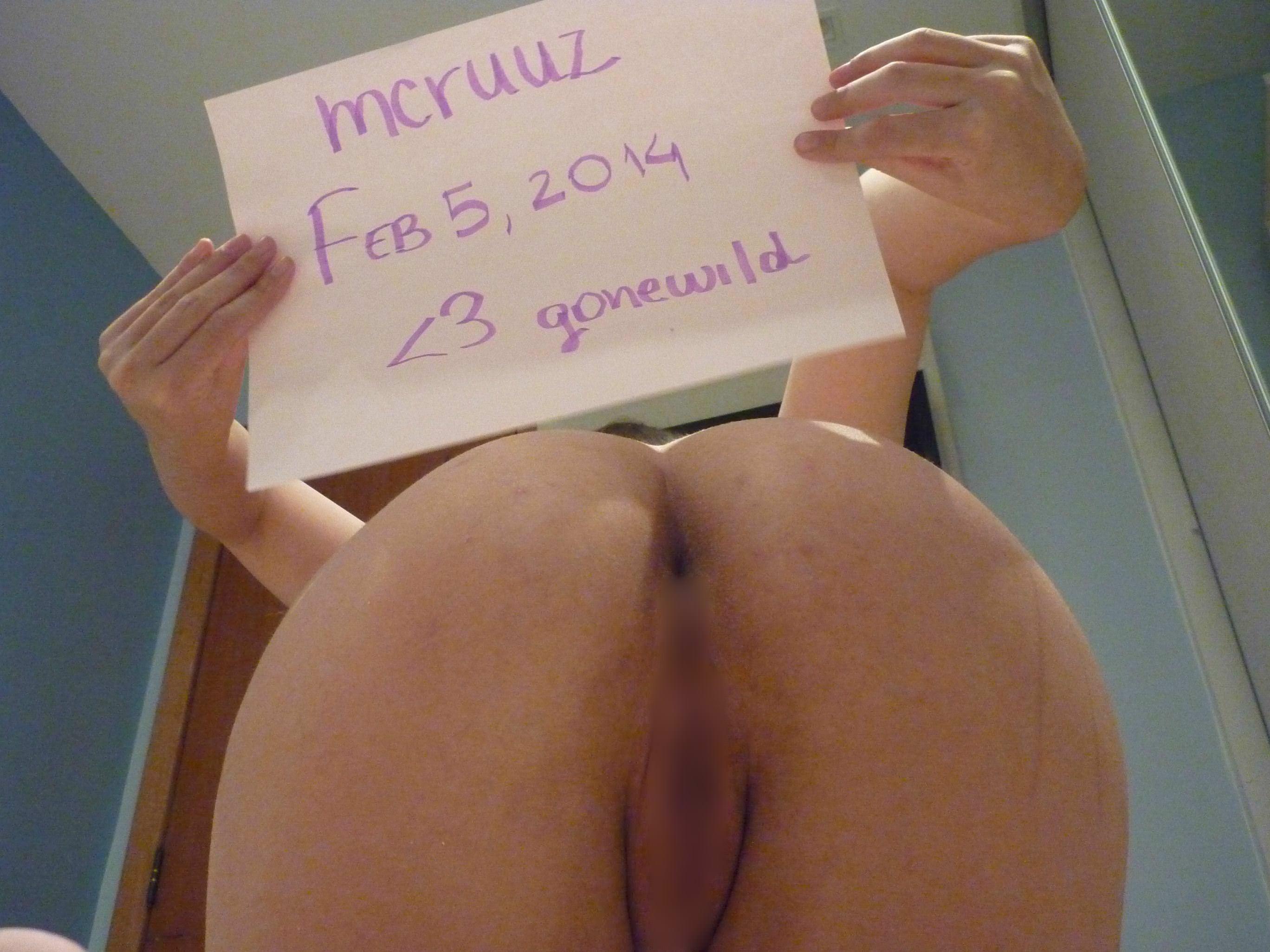 【外人】海外掲示板におまんこパックリ御開帳してさらすブラジル人素人美女の自画撮りポルノ画像 5219