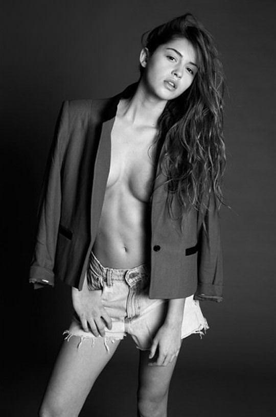 【外人】写真家クリス·新谷によるJehane Gigi Paris(ジハーン ジジ パリス)のモノクロセクシーヌードポルノ画像 5275