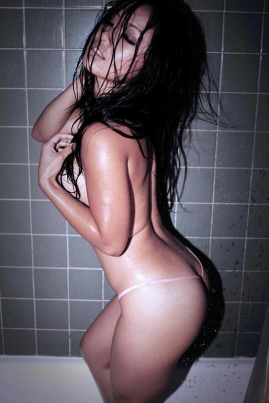 【外人】無名ファッションモデルが美乳おっぱいを晒してるポルノ画像 593