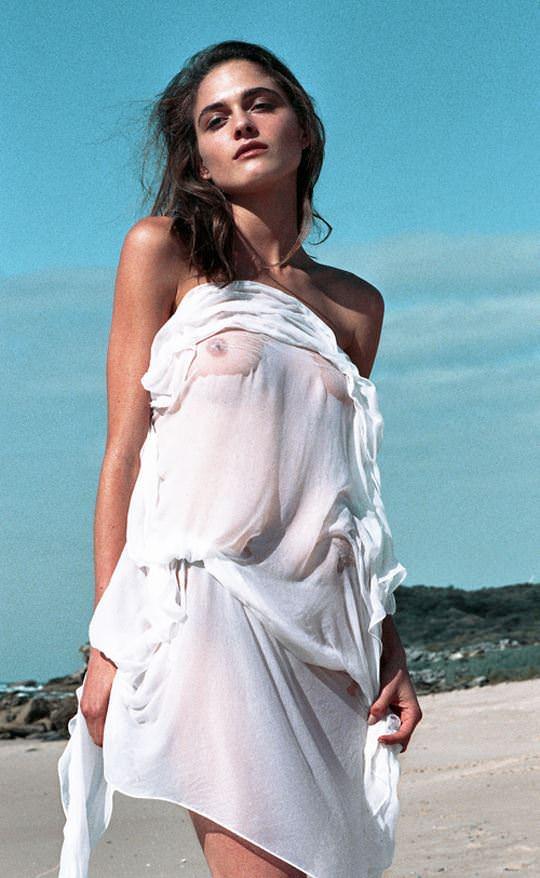 【外人】オーストラリア人モデルのSophia Rambaldini(ソフィア・ランバディニー)が青空の下でおっぱい撮影ポルノ画像 6108