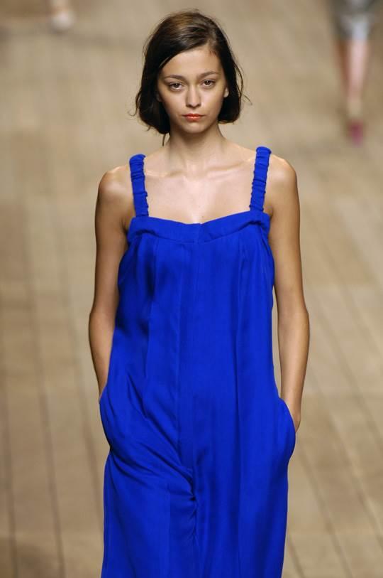 【外人】真木よう子に激似のフランス人モデルのモルガン・デュブレ(Morgane Dubled)乳首もろ出しでキャットウォークしてるポルノ画像 6110