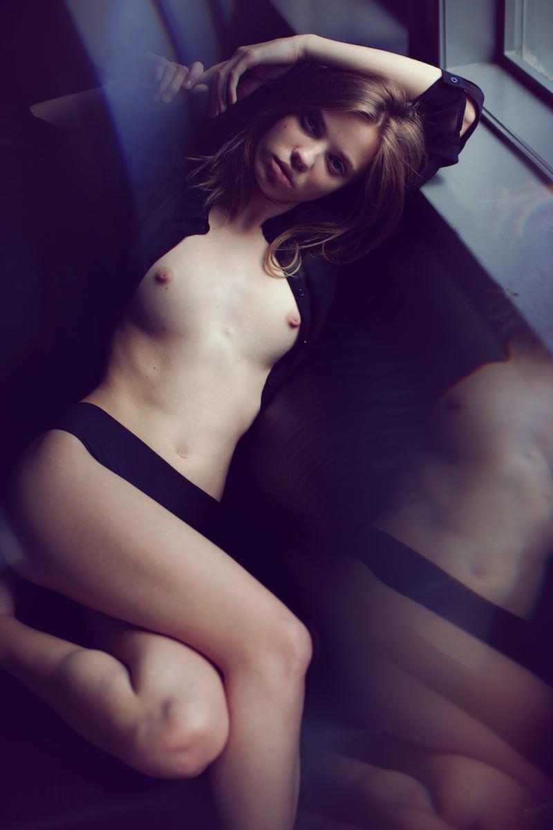 【外人】外人なのに貧乳おっぱいな美少女モデルのスヴェトラーナ・クラーク(Svetlana Cluck)セミヌードポルノ画像 619