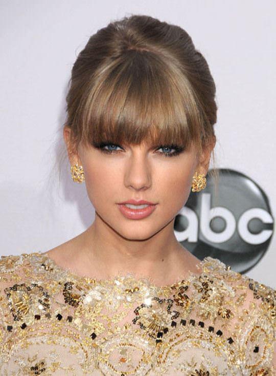 【外人】テイラー·スウィフト(Taylor Swift)のおっぱい丸出し流出の自画撮りポルノ画像 6217