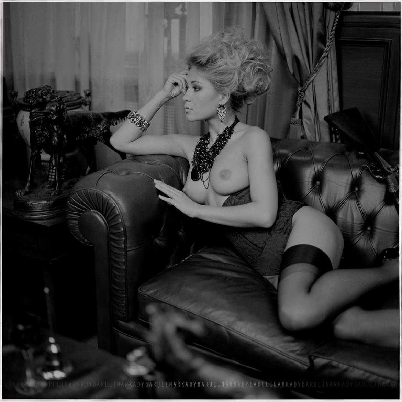 【外人】ロシアの写真家Arkady Barulin芸術的におっぱいを撮影するポルノ画像 7224