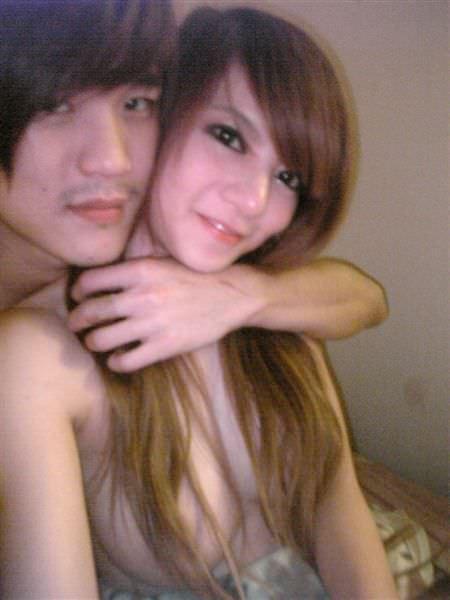【外人】台湾アイドル「黑澀會美眉」の元メンバー・林容瑄(容瑄 Lucas Yuka)が彼氏とセックスしてるポルノ画像 7258