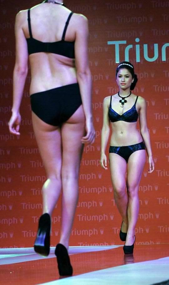 【外人】インド・ムンバイで開催されたトリンプ(Triumph)のファッションショーの下着美女ポルノ画像 733