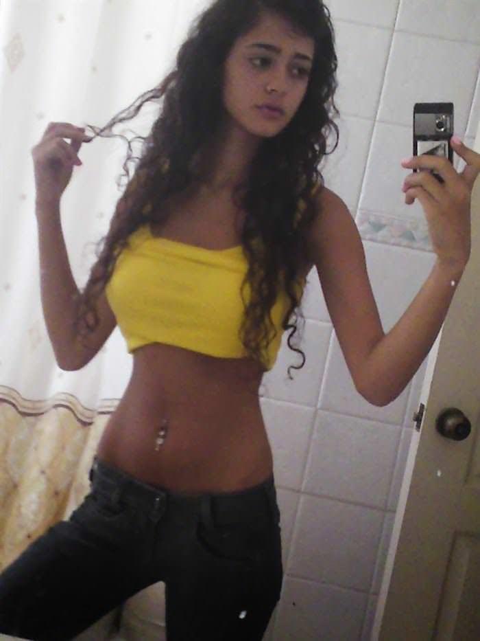 【外人】イスラエルのゴージャスボディを持つ素人娘の自画撮りポルノ画像 799