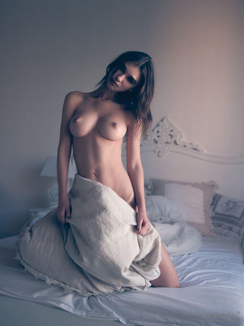 【外人】男前なポーランドの美人モデルPaula Bulczynskaの巨乳おっぱいポルノ画像 814
