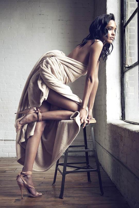 【外人】スタイル抜群の可愛い娘のボーイッシュなコーラ・エマニュエル(Cora Emmanuel)のポルノ画像 8145