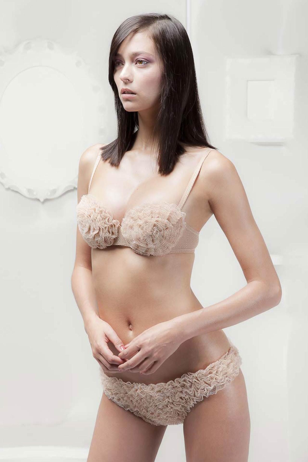 【外人】世界のトップモデルのモルガン・デュブレ(Morgane Dubled)のセクシー下着ポルノ画像 8157