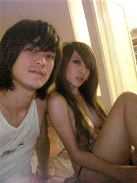 【外人】台湾アイドル「黑澀會美眉」の元メンバー・林容瑄(容瑄 Lucas Yuka)が彼氏とセックスしてるポルノ画像 8251