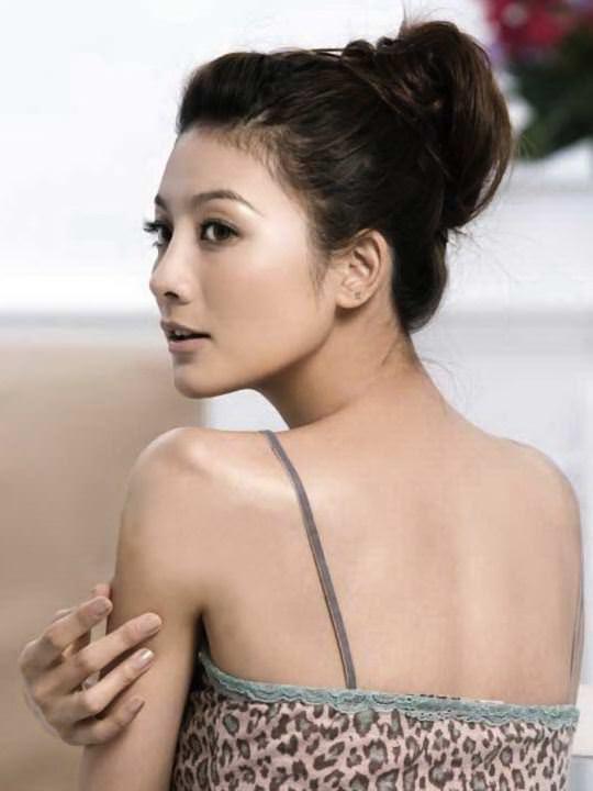 【外人】台湾美女マギー・ウー(吳亞馨)が彼氏とのハメ撮りが流出したポルノ画像 8253