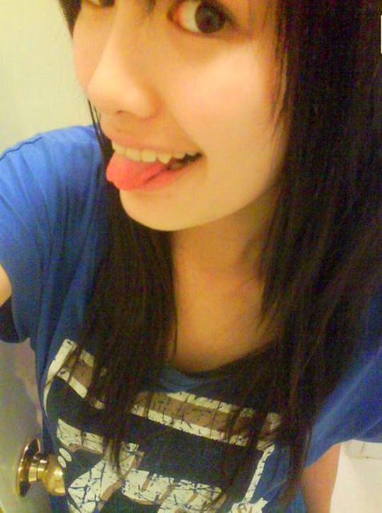 【外人】台湾人美少女の泡泡(パオパオ)が可愛すぎて勃起しちゃう自画撮りポルノ画像 869