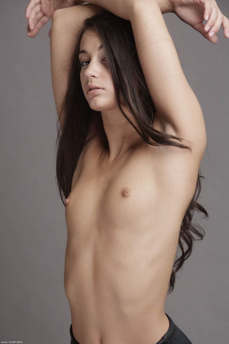 【外人】貧乳おっぱいだけど美しいお尻のジョージア(Georgia)のレズセックスポルノ画像 9113