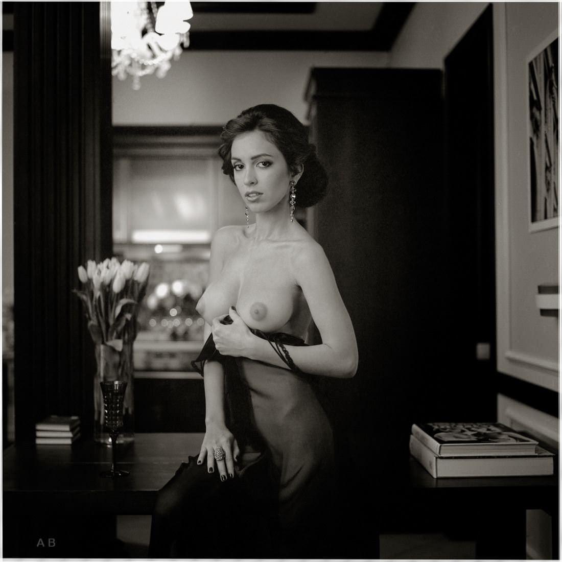 【外人】ロシアの写真家Arkady Barulin芸術的におっぱいを撮影するポルノ画像 9214