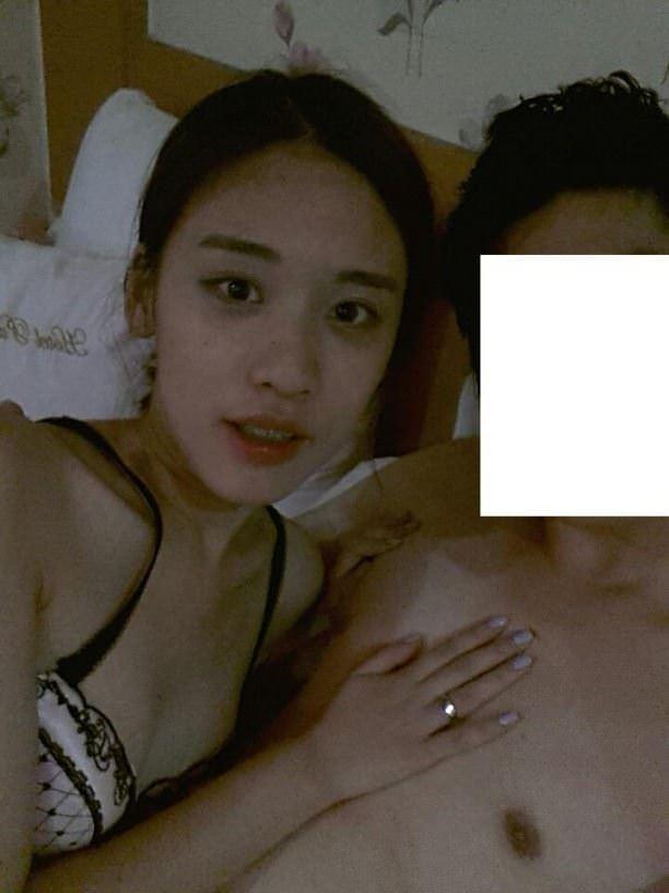 【外人】韓国人の激カワ素人娘が彼氏に勝手にエロ画像をネット公開されたポルノ画像 9225