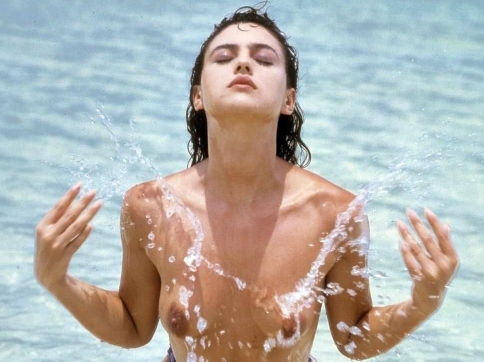 【外人】イタリア人女優モニカ・ベルッチ(Monica Bellucci)の大胆おっぱい露出ポルノ画像 011