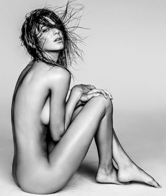 【外人】ラッセル・ジェームス(Russell James)が撮るセレブたちの美しいヌードのポルノ画像 15