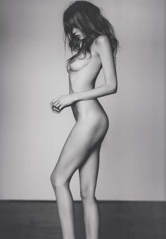 【外人】ラッセル・ジェームス(Russell James)が撮るセレブたちの美しいヌードのポルノ画像 3