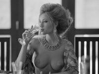 【外人】ロシアの写真家Arkady Barulin芸術的におっぱいを撮影するポルノ画像