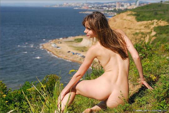 【外人】ロシアン美女のアーニャ(Anya)が可愛すぎて仕方がないシコシコヌードのポルノ画像 1064