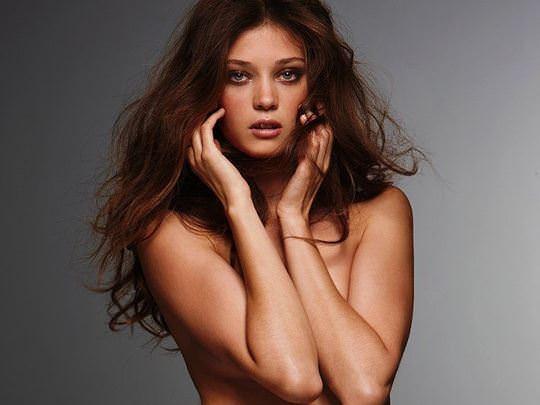 【外人】ルーマニア人スーパーモデルのダイアナ・モルドヴァン(Diana Moldovan)のシースルー美乳おっぱいが見れるポルノ画像 1109